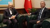 Bakan Akar, YÖK Başkanı Saraç ile görüştü