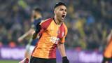 Galatasaray'da Radamel Falcao oynayacak mı?
