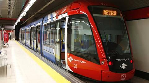 Uysal: Sürücüsüz metroyu en geç 1 ay içinde açacağız