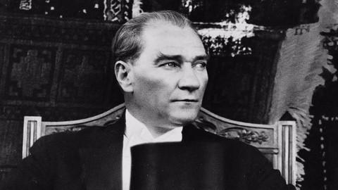 Dünyada Atatürk'ün adının verildiği yerler