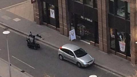 Londra'da bombalı araç alarmı