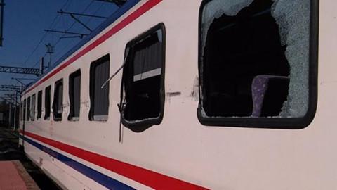 Adana'da tren TIR'la çarpıştı: 19 yaralı