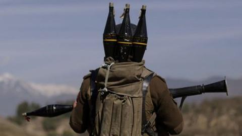 Çukurca'da askeri üs bölgesine roketli saldırı