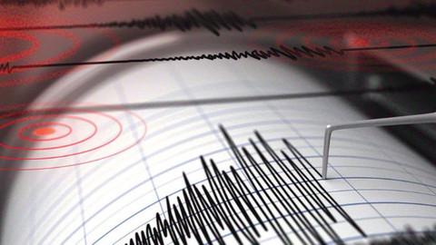 Sondakika! İran'da 5.4 büyüklüğünde deprem oldu