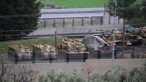 Komando birlikleri Suriye sınırında!
