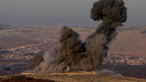 Afrin'den 'Zeytin Dalı Harekatı'ndan ilk kareler
