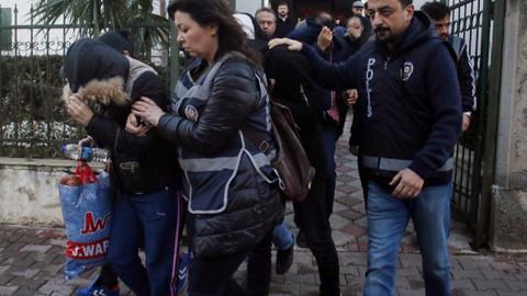 Son dakika haberleri... Antalya'da fuhuş operasyonu: 58 gözaltı! Son dakika haberleri...