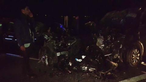 Son dakika! Şanlıurfa'da trafik kazası: 1 ölü, 11 yaralı