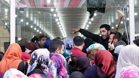 Tokat'ta mağaza açılışında izdiham yaşandı