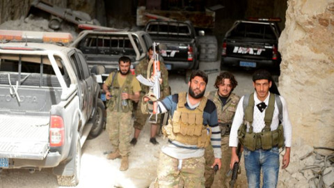 YPG/PKK'nın sözde özel kuvvetleri ÖSO'ya direnemedi