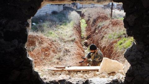 Afrin'de teröristlere ait yeni tüneller görüntülendi
