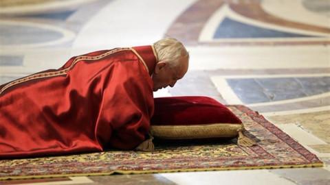 Papa: Savaşların yiyip bitirdiği dünya utanç verici