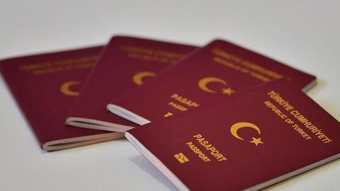 Pasaport, ehliyet, kimlik bir yerde