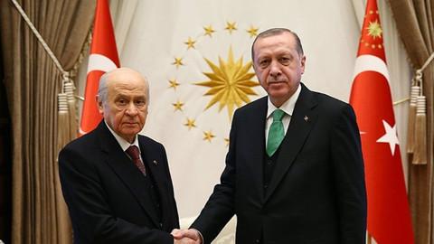 AK Parti listesinden Cumhur İttifakı'na katılacaklar