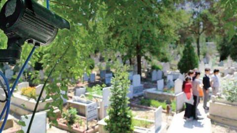 Çorum'da mezarlıkta ağlayan kız olayı ne?