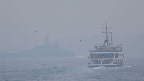 İstanbul Boğazı'nda sis nedeniyle iptal edilen vapur seferleri normale döndü