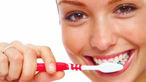 Diyanet İşleri yanıtladı; Diş fırçalamak orucu bozar mı?
