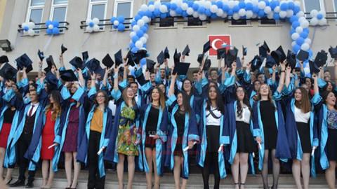 Mimar Sinan Güzel Sanatlar Üniversitesi mezunu sanatçılar kimler?