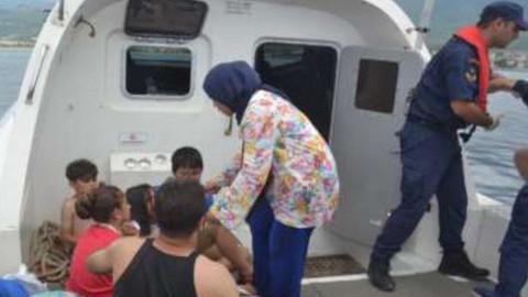 Kuşadası'nda 12'si çocuk 26 kaçak göçmen yakalandı