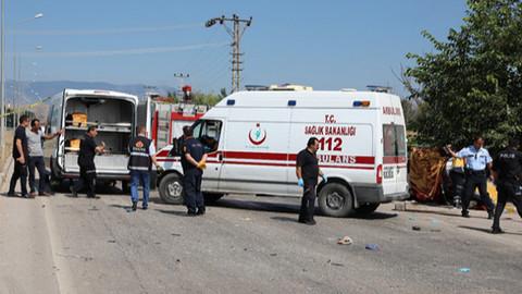 Amasya'da feci kaza: 2 ölü, 1 yaralı