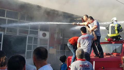 Karabük'te sanayi sitesinde yangın çıktı