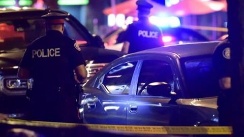 Toronto'da silahlı saldırı:  2 ölü 13 yaralı