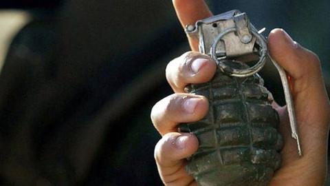 KKTC'de yol yapımı sırasında el bombası patladı: Çok sayıda yaralı var