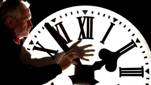 Avrupa yaz saatini kaldırmayı tartışıyor