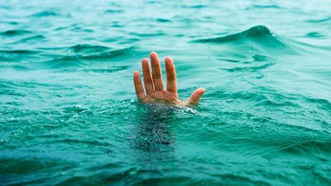 Samsun'da denize giren 4 kişi hayatını kaybetti