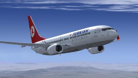 Yeni Havalimanı'na ilk THY uçağı indi