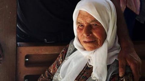 Antalya'da kanepeden düşen 102 yaşındaki kadın öldü