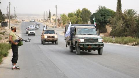 İdlib'de ağır silahlar cephe hattından çekildei