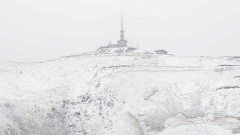 Yurdun çeşitli bölgelerine mevsimin ilk karı yağdı