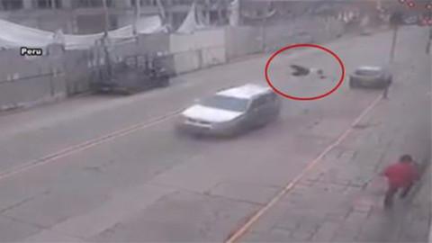 Hırsızların aracına asılan polis böyle öldü!