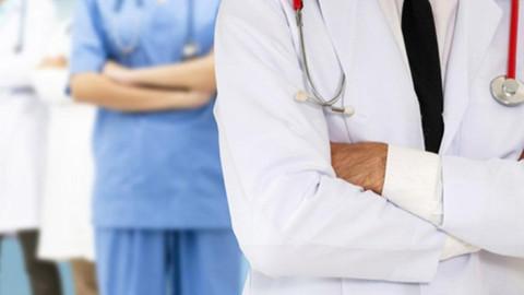 KHK ile uzaklaştırılan doktorların çalışma şartları maddesi değiştirilerek kabul edildi