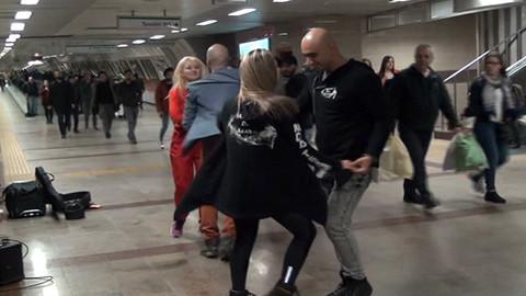 Taksim metrosunda son prova