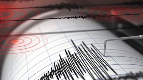 Filipinlerde deprem! Tsunami alarmı verildi