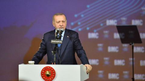 Cumhurbaşkanı Erdoğan: İsteseniz de istemeseniz de bu millet dimdik ayakta