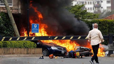 Kenya'da bir otele silahlı ve bombalı saldırı düzenlendi