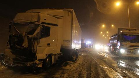 TEM'de zincirleme trafik kazası!