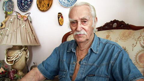 Usta sanatçı Eşref Kolçak hastaneye kaldırıldı