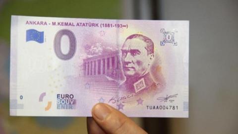 Euroya Atatürk'ün resmi basıldı