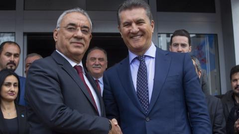 Mustafa Sarıgül DSP'ye başvurusunu yaptı