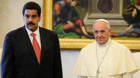 Maduro Papa'dan yardım istedi