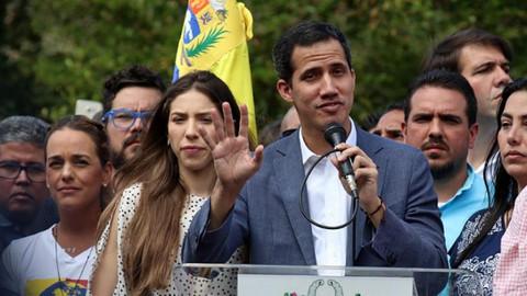 Guaido'dan Venezuela ordusuna çağrı