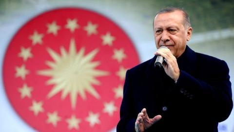 Cumhurbaşkanı Erdoğan'dan VAR yorumu: Denetleyecek bir sistem faydalı olur