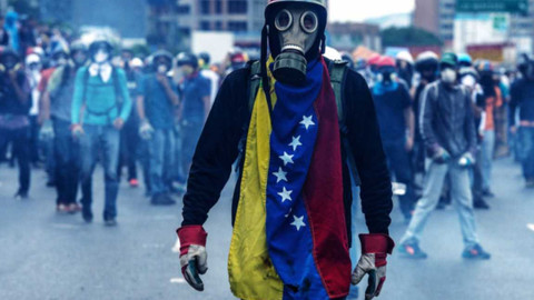 Venezuela'da iç savaş tehlikesi