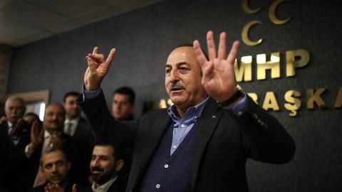 Bakan Çavuşoğlu: Avusturya'ya geldiğim zaman bu işareti ilk ben yapacağım
