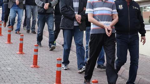 Adana merkezli 8 ilde FETÖ operasyonu!