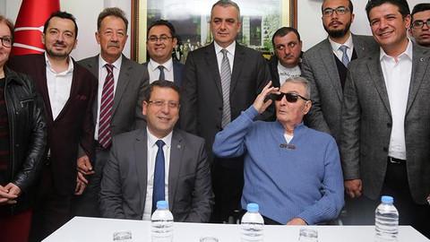 Baykal ilk ziyaretini CHP Antalya İl Başkanlığı'na yaptı
